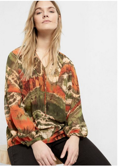 Voir la blouse Violeta vue sur le magazine, ici.