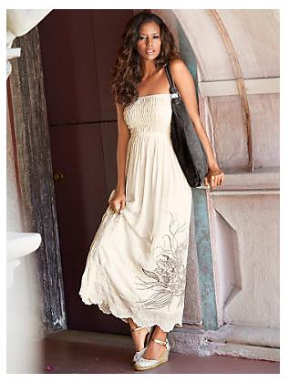 Les robes Helline, toujours aussi élégantes