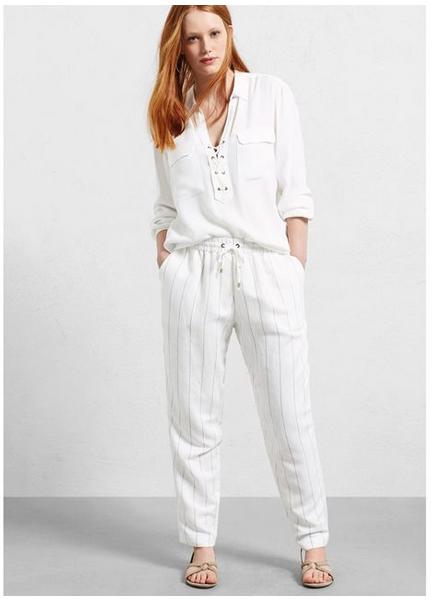 Voir le pantalon baggy en lin Violeta, ici.