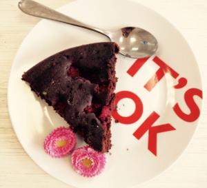 Recette du gâteau au chocolat et aux framboises de Perrine !